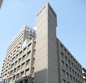International Department at the Hanshin Office was established. Tokyo Liaison Office was established.